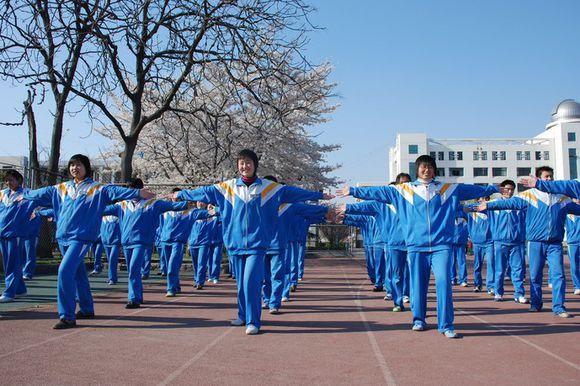 中国校服简笔画
